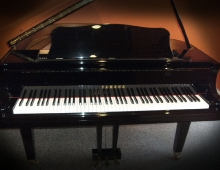 Yamaha GB-1 5' Baby Grand